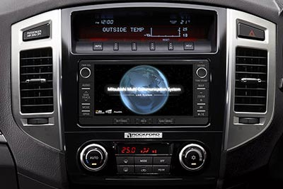 Mitsubishi Shogun - Multi Communication System