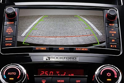 Mitsubishi Shogun - Reversing Camera and Parking Sensors